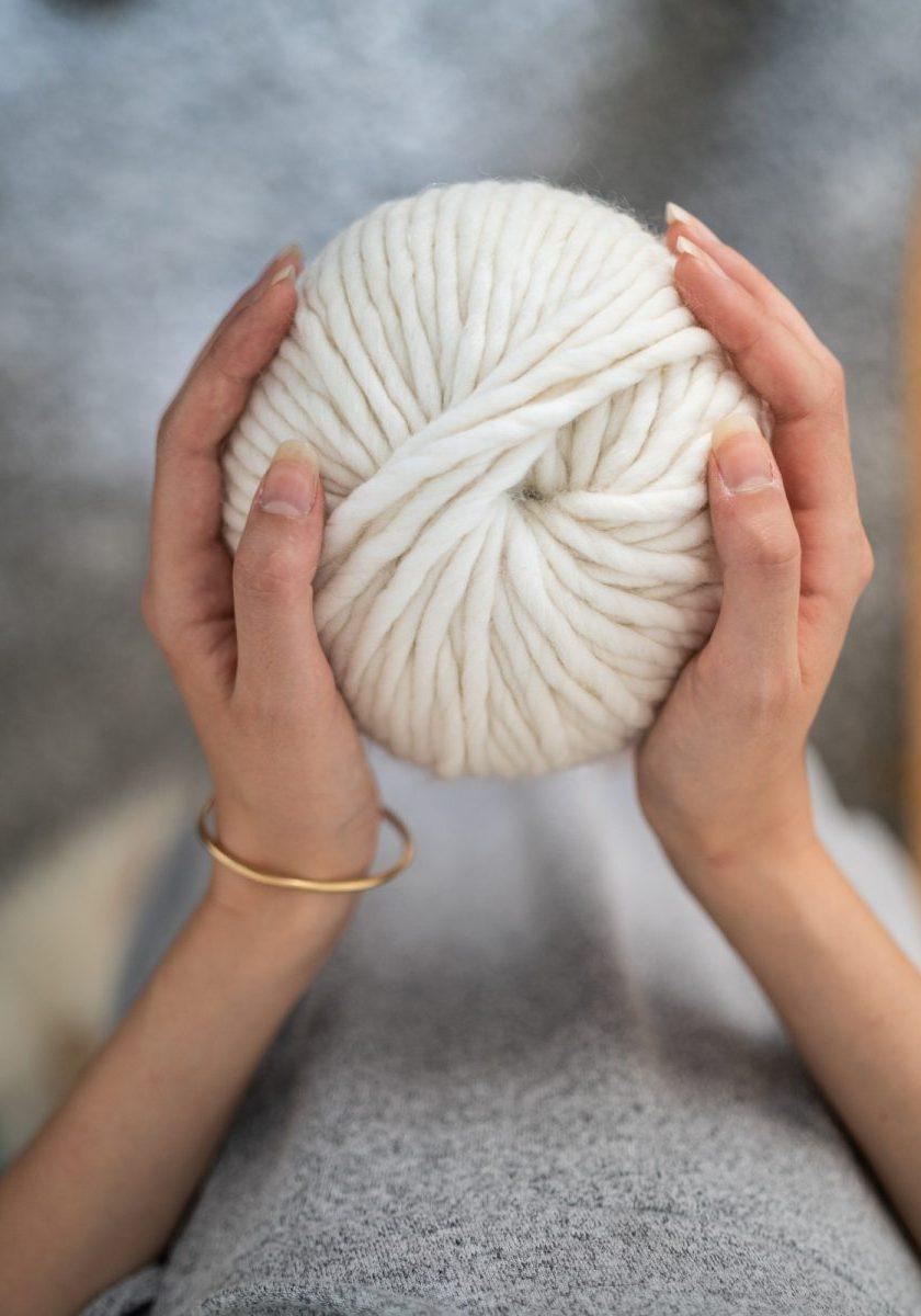 white yarn thread
